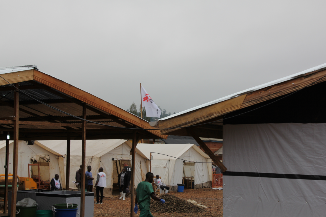The contamination tent of the MSF Ebola treatment centre in Beni, DRC. © MSF