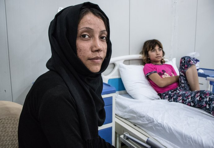 Bushra & Anoud - war wounded - Mosul