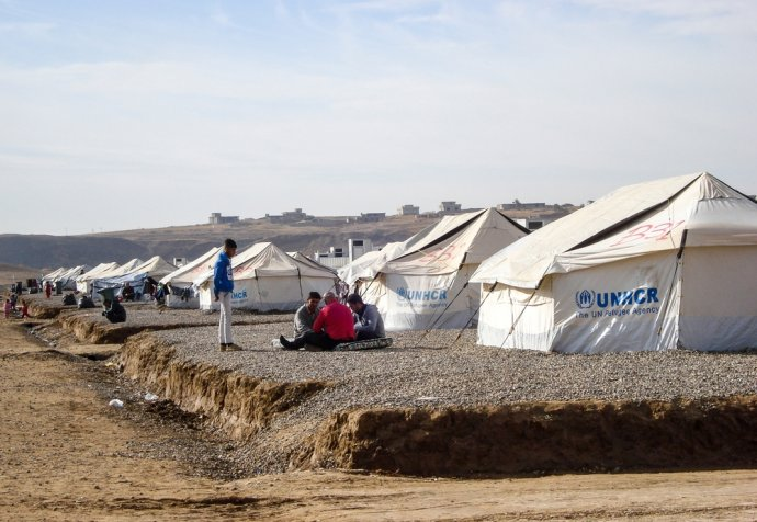Displaced people from Mosul : Hassan Cham and Khazir 2 camps