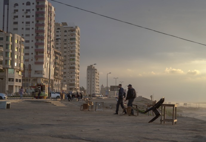 Gaza City beach, Gaza. MSF works with other health providers in Gaza to treat thousands of people shot by the Israeli army during protests at the fence that separates Israel from the blockaded enclave. ©Simon Rolin